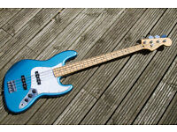 Fender Jazz Bass in Lake Placid Blue - Maple Neck - 2014