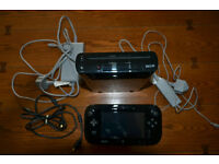 Nintendo Wii U 32Gb Touch Screen Pad and Games