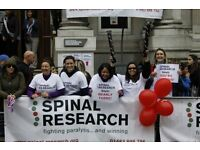 Royal Parks Foundation Half Marathon 2016: Spinal Research volunteer cheering team!