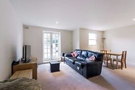 3 bed great trendy location with private garden