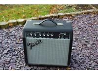Fender Frontman 15G guitar/keyboard practice/session amp.