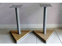 Speaker Stands - Wood Effect