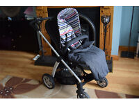 Baby pram stroller pushchair Mamas & Papas Sola great condition all accessories foot mat