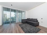 Studio flat in Goodman's Fields, Cashmere House, Aldgate E1