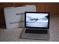 "Apple MacBook 13.3"" 2.0GHz/2GB/160GB 2008"