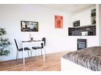 Large Studio Apartment available with views of the River Mersey