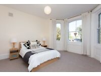 Short Let in Greenwich, London (3 Bedroom Flat) with Parking / ALL BILLS INCLUDED / £595 per week