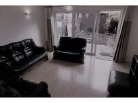 2 Bed House In Harrow