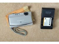 Silver Fujifilm Finepix Z90 Digital Camera - Touchscreen