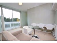 Modern purpose built 1 bed flat with parking moments from Ealing Broadway W5 and Hanger Hill Park