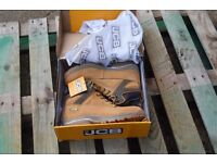 New Size 11 JCB work boots (tan leather)