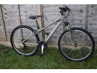 Giant Boulder mountain bike/bicycle size XS