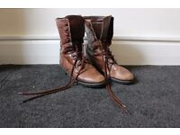 Leather boots, size 5