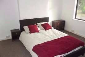 DOUBLE ROOM TO RENT - All Bills included. Local Amenities Newly refurbished. Popular Area