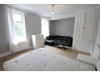 2 Beautiful Large double Rooms To Rent, East India Dock Road, E14