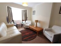 1 BED FLAT NW7. IDEAL FOR Professionals, Couple/single. AVAILABLE LATE JANUARY. Carpets, D/G &F/F.