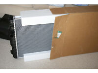 Land Rover Discovery Radiator V8 - Brand New in Box. PCC000650.