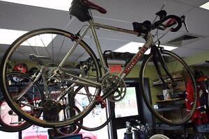 Vélo de route Motobecane  -Instant Comptant- Venez profiter de notre 25% de rabais sur nos vélos!