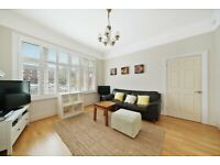 Modern 2 Double Bedroom Flat with Private Garden in Hanwell