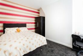 1 double room available student/professional property - Cambria Street