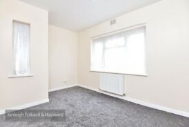 A lovely ground floor two double bedroom garden flat located on Pymmes Close moments from the shops