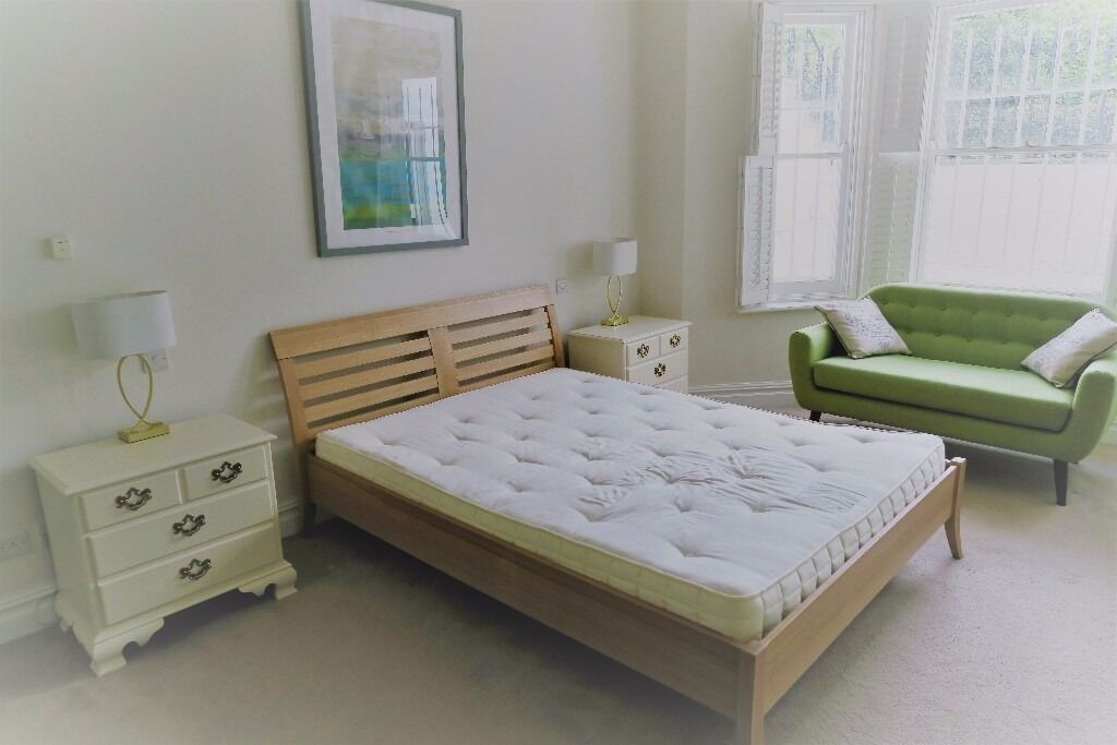 Kingsize John Lewis Aspen Wooden Bed With Headboard And Ortho 1000 Mattress