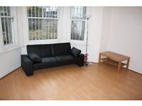 LOVELY BRIGHT MODERN DOUBLE BED STUDIO FLAT, WITH USE OF GARDEN, INCLUSIVE OF WATER RATES