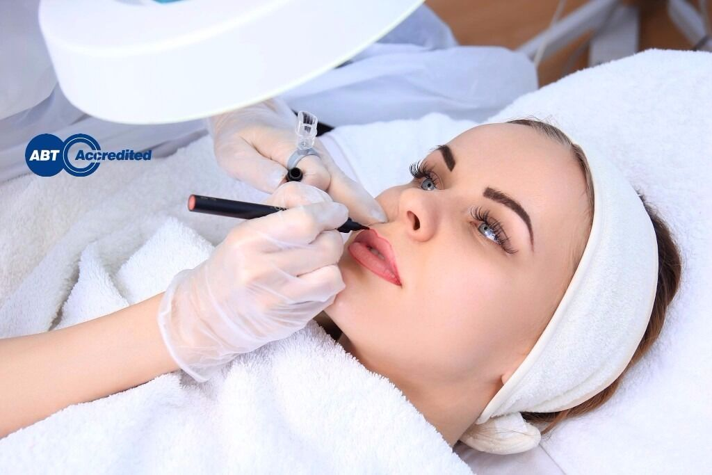 Semi Permanent Makeup Training Course Microblading Eyebrows