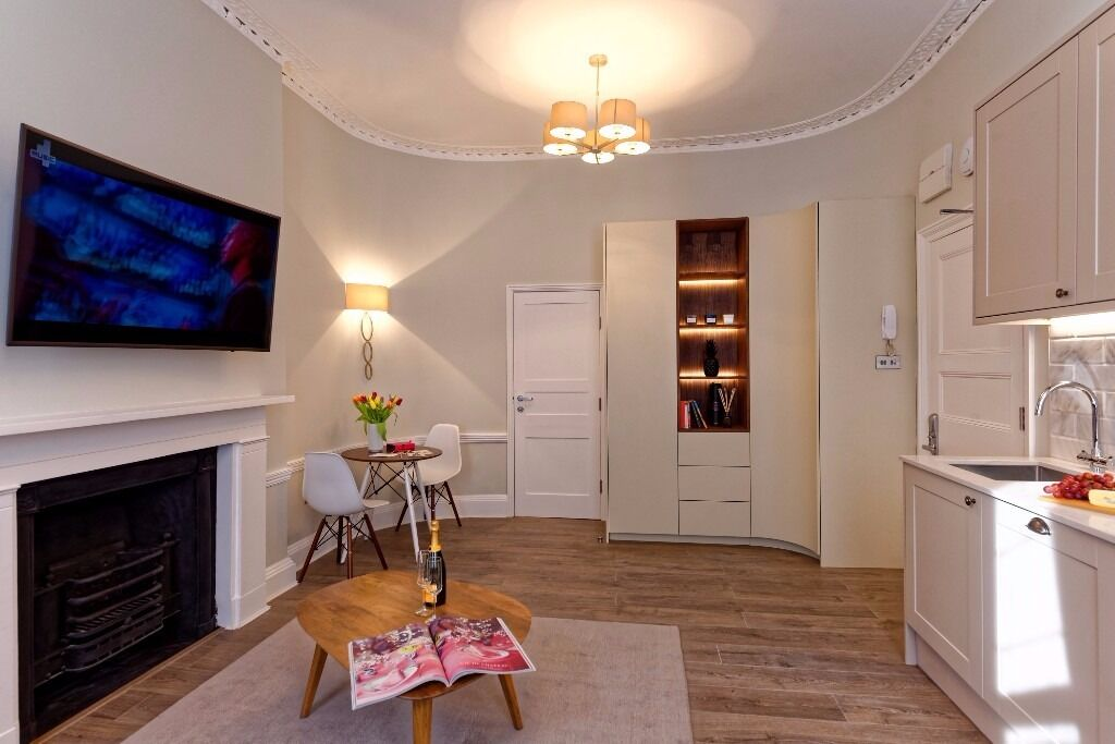 From 15/01/18 Classy One Bed, Newly Refurbished, Flexible lease, All Bills & WiFi in, Marylebone