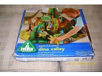 """DINO VALLEY"" Self-erect a 4-section Dinosaur habitat / mountain......... only £12.00"