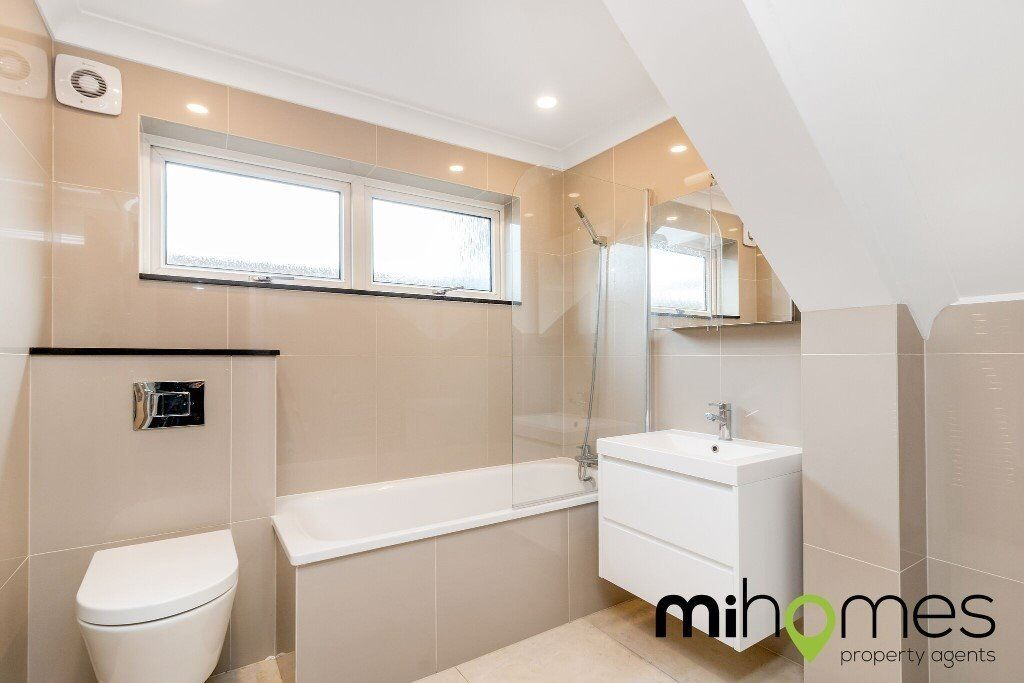 ***AMAZING 2 BEDROOM GARDEN FLAT IN THE HEART OF SOUTHGATE - WALKING DISTANCE TO SOUTHGATE TUBE***