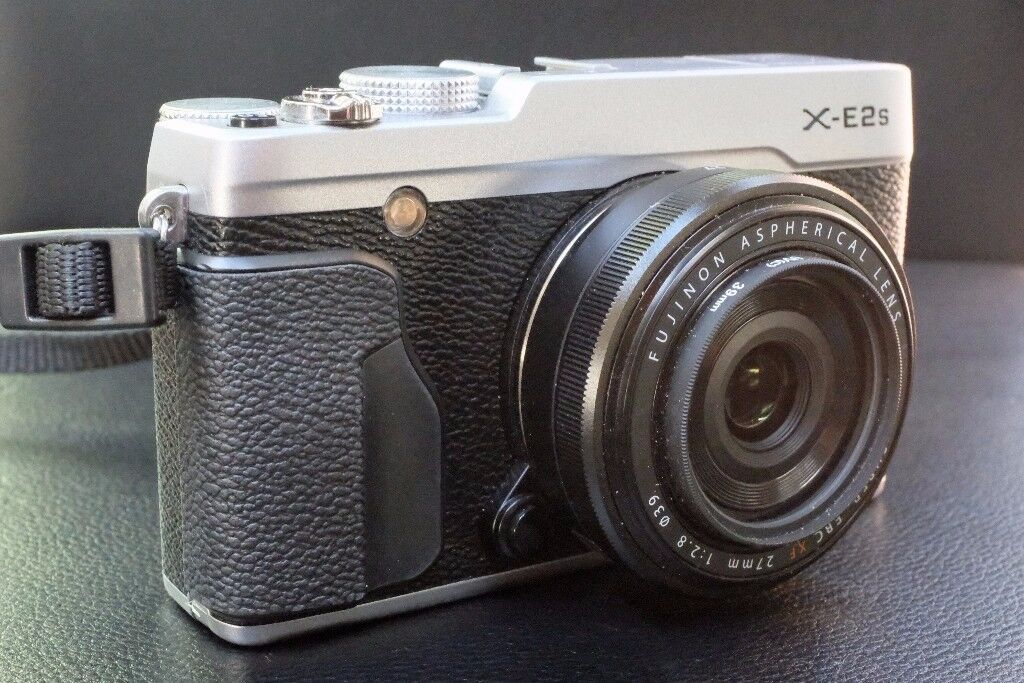 FOR Sale Fuji XE2s and 27mm F2.8 pancake lens