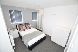 SPACIOUS ENSUITE ROOM AVAILABLE SOON - DY9 - Room 2