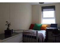 Deal of the day! single room Liverpool Street Station