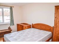 2 rooms in the Perfect house ! Party Area ! Available today !