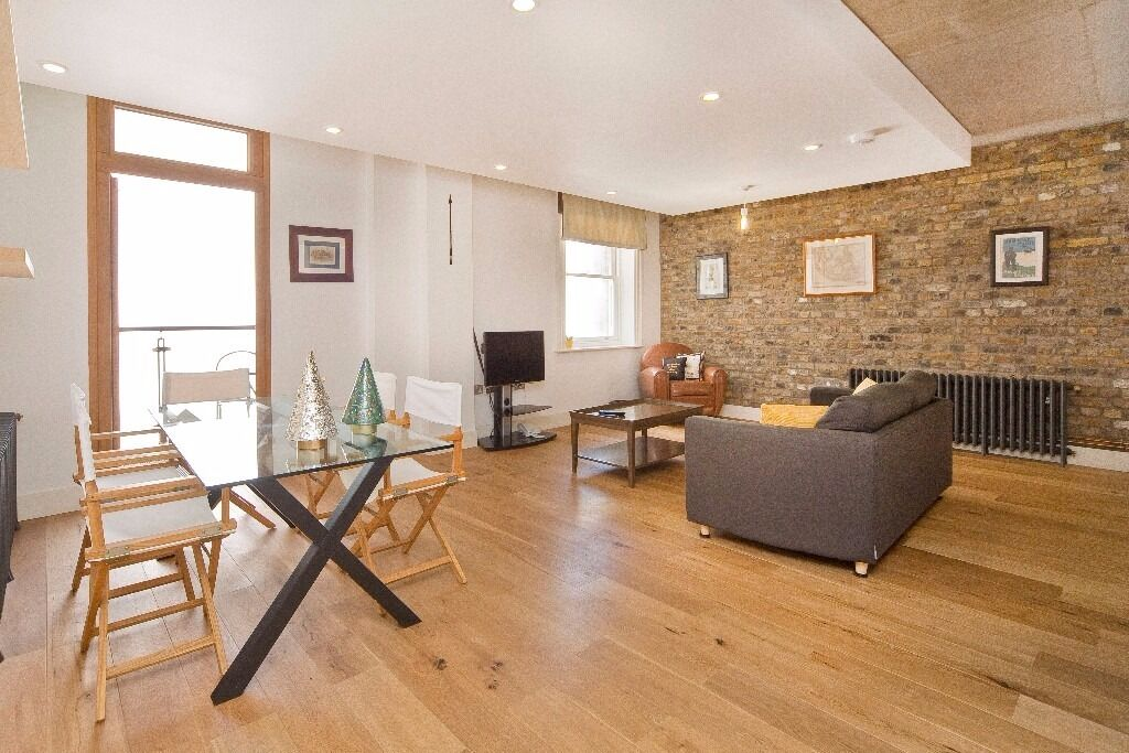 Fantastic 1 Bedroom apartment in the highly sought after conversion of Jim Henson's Muppet factory.