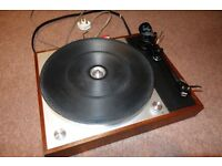 Thorens TD150 turntable with Linn LVX arm and Ortofon cartridge