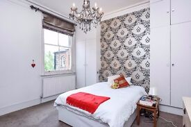 A STUNNING CHARACTER PERIOD CONVERSION WITHIN MOMENTS OF HIGHGATE TUBE & LOCAL AMENITIES