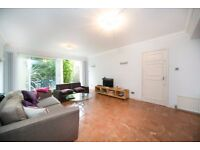 Stunning 4 bed mews house to rent Camden Town! Zone 2! With garden & roof terrace £795pw