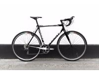 Road bicycle GIANT (new parts) 56.6 CM LIGHTWEIGHT 10 KG