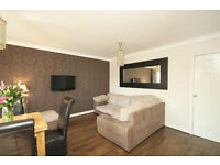 Large 2 bedroom flat available now in Seven Kings