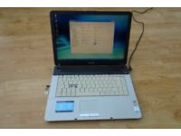 Sony Vaio VGN-NR32M laptop Pentium Dual-core 2GB memory 200GB hard drive 15.4 inch screen - REDUCED