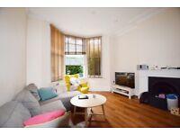 Hemstal Road - Lovely ground floor 2 bedroom 2 bathroom garden flat in great location