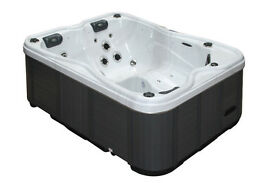 Passion Spas - Renew Hot Tub - Guaranteed Delivery Before Christmas