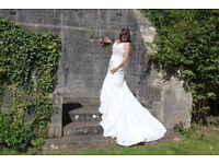 Beautiful wedding dress for sale (size 12)