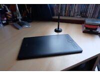 Wacom Intuos Pro Medium - Graphics Tablet