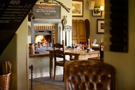 Sous Chef and/or Strong CDP Vacancy with LIVE-IN. Rosette Standard. WEST SUSSEX/SURREY & SOUTH UK.