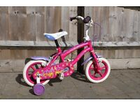 Girls' pink bike with stabilisers
