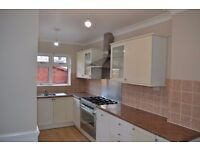 STUNNING 5 BED HOUSE AVAILABLE TO RENT IN SEVEN KINGS FOR £2200PCM!! NEWLY REFURBISHED! 2 RECEPTIONS