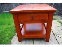 Dick Idol solid wood side / end table / bedside table with shelf